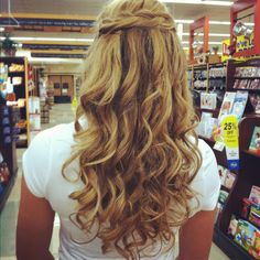 Hair for homecoming :)