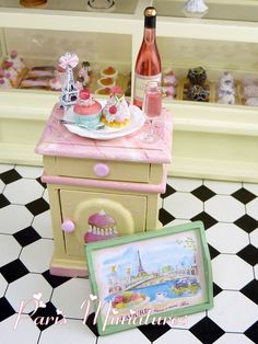 Ladurée Pink Champagne Set // By Miniature food by Emmaflam & Miniman // Inspirational blog with video's and galleries