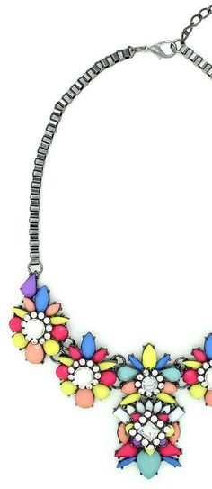 Bold and Beautiful Statement Necklace