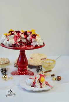 Mulled wine curd and Pavlova, Meringue and Macarons - Punsch Curd, Pavlova, Meringue & Macarons | Das Knusperstübchen
