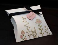 Flowering Fields stamp set SU - embossed in gold