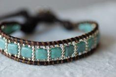 Turquoise kralen lederen armband Sterling door EntwyneDesigns