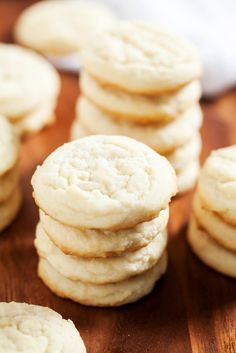 These classic cookies are JUST like grandma made! Perfection in every bite! #amish #homesteading #homesteadrecipes #countryrecipes #cookies #cookierecipes #grandmascookies #iamhomesteader