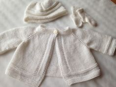 Ravelry: Bommerbrown's Baby cardigan