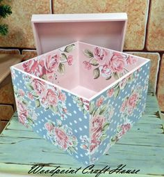 Wood painting, Hand made, Decoupage, Decoupage Vintage, Napkin Decoupage, Decoupage Box, Wooden Crates, Wooden Boxes, Tole Painting Patterns, Altered Boxes, Diy Box, Vintage Wood
