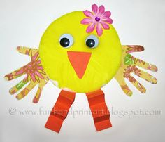 simply adorable Paper Plate Handprint Easter Chick