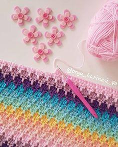 Corner To Corner Knitting Blanket Crochet Afghans, Crochet Diy, Crochet Stitches Patterns, Crochet Seed Stitch, Crochet Blanket Tutorial, Blanket Crochet, Crochet Simple, Crochet Dog Sweater, Rainbow Crochet