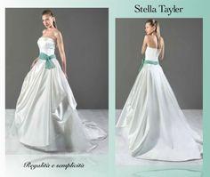 Regalità e semplicità allo stesso momento. Possibile? Sì! http://www.cmsposa.com/wp/stella-tayler/ #Newcollection #collection2015 #CMcreazioni #MadeinItaly #bride #bridal #sposa #wedding #weddress #weddingdress #weddingfashion #white #whitedress #abitisposa #abitosposa #abitidasposa #abitodasposa #marriage #matrimonio #instabride #instawedding #style #fashion #fashionwedding #Italy #StellaTayler