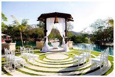 Los mejores lugares para casarse bodas en Costa Rica, bodas de playa, bodas al aire libre, jardines para bodas y hoteles para bodas en Costa Rica. Bodas reales, novias reales, fotógrafos de bodas DIY Costa Rica en el mejor blog de bodas de Costa Rica NOVIATICA Novias de Costa Rica