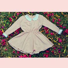 Vestido Vintage Doll Pink, Manga longa. Confira muito mais em nosso site Oficial www.surpreendastore.com  #vestidoretro #modavintage #modaretro #pinup #lookretro #loveretro  #pinup #pinups #pinupgirl #lifestyle