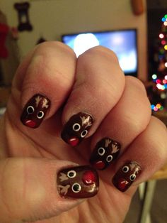 Rudolph nail designs