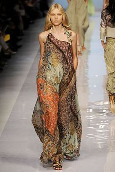 Etro Spring 2009 Ready-to-Wear Collection Slideshow on Style.com