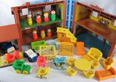 Vintage Fisher Price Little People Brown Tudor House 952 Baby Extras