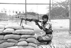 A Federal Regular Army (FRA) soldier, Aden, 1967 (c)