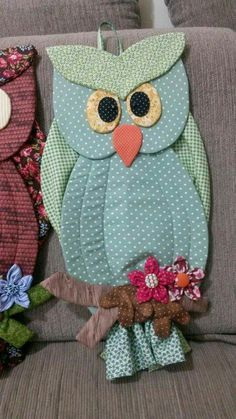Ideas For Crochet Bag Holder Owl Owl Crafts, Diy And Crafts, Quilt Patterns, Crochet Patterns, Sewing Crafts, Sewing Projects, Grocery Bag Holder, Plastic Bag Holders, Owl Fabric