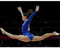 Flying athletes | Carlotta Ferlito of Italy flys over the balance beam in the Artistic... | Sympatico.ca Sports : London2012 : Photos