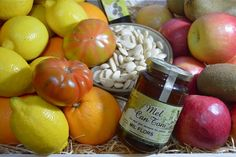 Visit Tin and Thyme to enter a giveaway for a 3p Fruits organic mixed box of produce - ends 23/1/16.
