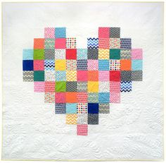Simple Quilt Pattern | Patchwork Heart Quilt | DIY Projects & Crafts by DIY JOY at http://diyjoy.com/free-quilt-patterns-easy-sewing-projects