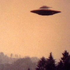 26 de Agosto de 2013  Local: Lost River, W.V, US   Legenda: Observação do UFO