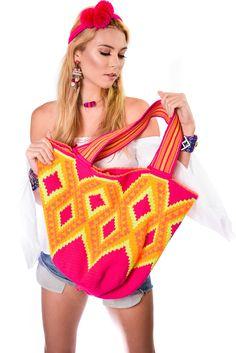 XL Tote Bag 🌟   #LuxuryMochilas #LUXCHILAS #shopluxchilascom 20% off for Valentine's Day! Until Feb.19th • • • #handmade #handbag #ethnic #wayuu #wayuubags #gift #bohochic #holidays #giveback #happy #crystals #fringes #leather #style #blogger #designer #fashion #accessories #luxury #bling #resort #boutique #artisan #luxe #happy #love #boho