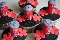 Chocolate Cupcake and Coke in one! (the cupcake base can also be cola-flavored) Coca Cola Cupcakes, Coca Cola Cake, Cupcake Recipes, Cupcake Cakes, Fondant Cupcakes, Cupcake Ideas, Diet Coke Cake, Coca Cola Party, Always Coca Cola