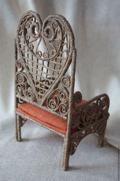 Кресло для куклы в технике джутовая филигрань Автор работы Татьяна Губина. Купить Кресло для куклы в технике джутовая филигрань - коричневый, студия машенькины куклы, татьяна губина
