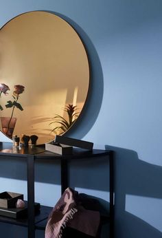 Mirror, mirror on the wall.Circum is the fairest of them all.Brand: Aytm Material: Mirror and wood Colour: AmberDelivery: Ø 70 cm - 1 in stock Ø 90 cm - weeks Ø 110 cm - weeks Measurements: 3 sizes: Ø 70 cm or Ø 90 cm or Ø / depth 2 cm Small Furniture, Furniture Design, Clean Desk, Moderne Outfits, Herman Miller Aeron Chair, Flower Pot Design, Mawa Design, Book Organization, Leather Box