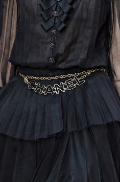 Chanel Fall-Winter 2018-2019 .Detail