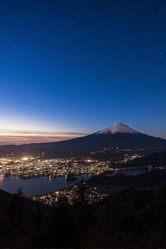 Japan Monte Fuji, Wonderful Places, Beautiful Places, Mount Fuji Japan, Landscape Photography, Nature Photography, Fuji Mountain, Aesthetic Japan, Japanese Landscape