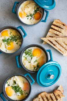 Eggs en Cocotte: Baked Eggs in Ramekins with Spinach & Pancetta — Cooking with Cocktail Rings - Easy Breakfast Ideas - Quick and Healthy Breakfast Recipes Egg Recipes, Brunch Recipes, Cooking Recipes, Healthy Recipes, Cooking Eggs, Cooking Games, Cooking Utensils, Cooking Classes, Cooking Ideas