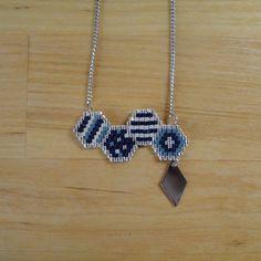 Collier perles Miyuki tissées bleu vert blanc par MelleSimoneShop