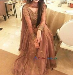 Pakistani Wedding and Party Dresses Shadi Dresses, Pakistani Formal Dresses, Pakistani Fashion Casual, Pakistani Wedding Outfits, Pakistani Dress Design, Indian Dresses, Indian Fashion, Pakistani Gowns, Pakistani Dresses Online