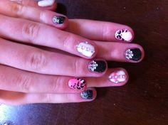 Gel nail art DIY