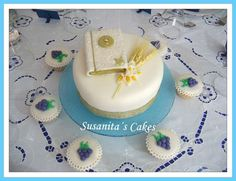 Tortas Marmoleada de Primera Comunion!..#torta #tortadecorada #primeracomunion #cupcakes #decoratedcupcakes #tarta #talentovenezolano #susanitascakes #tartadecorada #fondant