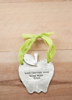 pewter apple wall hanging