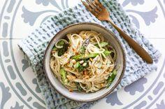 Easy asparagus pasta