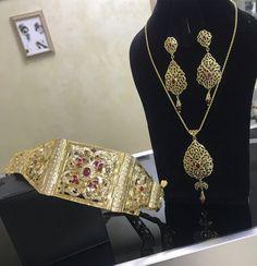 Publication Instagram par Jforever • 2 Mars 2019 à 9 :52 UTC Diamond Are A Girls Best Friend, Necklace Set, Jewelry Accessories, Diamonds, Jewels, Jewellery, Elegant, Instagram Posts, Beautiful