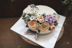 .........  @ricetree.cake  @ricetree_cake  수강 및 주문 문의는 네이버에서 '#라이스트리'를 검색 또는 상단의 블로그 링크 클릭해주세요  문자는 010-7710-9283  E-mail  ryuinsoo78@naver.com ……… #라이스트리 #koreancake #앙금플라워 #buttercreamcake #wilton #蛋糕 #ricecake #flowercake #cakedesign #ケーキ #instacake #花 #flowerstagram #baking #dessert #cake #instafood #sweet #beautiful #ricetree #cakeclass #cakedecor #birthdaycake #떡케이크