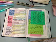 Bible Study Notebook, Bible Study Tools, Bible Notes, Bible Verses, Bible Highlighting, Jesus Book, Faith Crafts, Bible Studies For Beginners, S Word