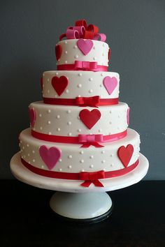 red and pink heart/dot wedding cake