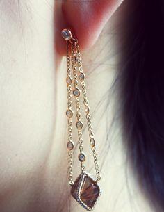 Gold rough diamond drop earrings. #ditrjewelry #luxury #naturaldiamond