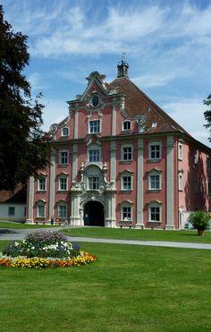 Salem, das Untere Tor, Eingangspforte zum ehemaligen Kloster, der barocke