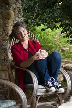 Barbara Kingsolver is a Kentucky author and her mom was a President of the Kentucky Girl Scout Council Board! And I love me some girl scouts! I Love Books, My Books, Girl Scout Council, Barbara Kingsolver, Essayist, My Old Kentucky Home, Book Writer, Artist At Work, Good People
