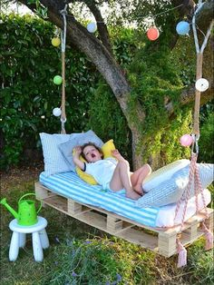 Lovely little swing for taking a nap!  What could be better for the young child than to rest on a stinging bed, and drift off to sleep hearing the birds chirping, bees buzzing, and birds singing.