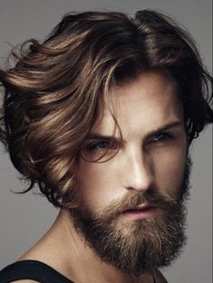 Great hair and beard Cool Haircuts, Haircuts For Men, Hairstyles Men, Rocker Hairstyles, Straight Hairstyles, Hair And Beard Styles, Curly Hair Styles, Sexy Beard, Mid Length Hair