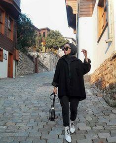 Islamic Fashion, Muslim Fashion, Modest Fashion, Hijab Fashion, Fashion Outfits, Womens Fashion, Hijab Style Dress, Casual Hijab Outfit, Selfie Poses