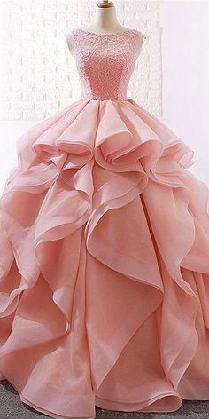 Alluring Lace & Organza Satin Jewel Neckline Ball Gown Wedding Dresses With Beadings - NEW! Alluring Lace & Organza Satin Jewel Neckline Ball Gown Wedding Dresses With Beadings Source by - Long Gown Dress, Ball Gown Dresses, Evening Dresses, Prom Dresses, Pink Ball Gowns, Dress Formal, Dress Prom, Elegant Dresses, Beautiful Dresses