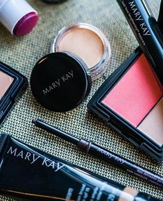 A bit of Mary Kay® CC Cream Sunscreen Broad Spectrum SPF 15* and color on my eyes, cheeks and lips are all I need for a beautiful, natural look.