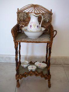 http://www.ebay.com/itm/table-toilette-ancienne-poupee-XIXeme-epoque-Napoleon-III-doll-antique-Jumeau/301989470859?_trksid=p2047675.c100010.m2109