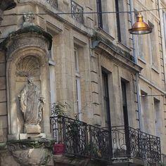 Rue du Pas Saint-Georges, beaucoup de boutiques très très sympa.
